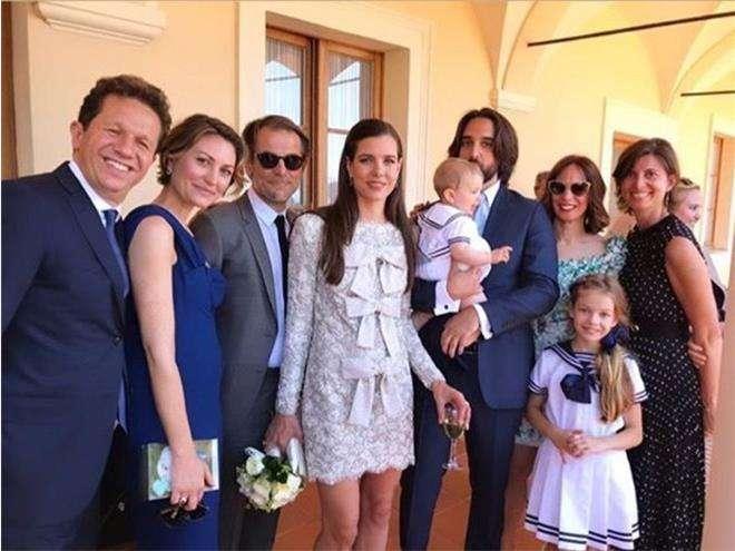 Первые фото со свадьбы Шарлотты Казираги,где присутствует ее младший сын Бальтазар