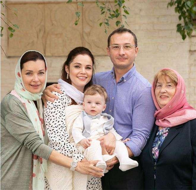 Екатерина Вуличенко крестила сына