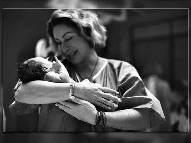 Мама Тимати со своим внуком