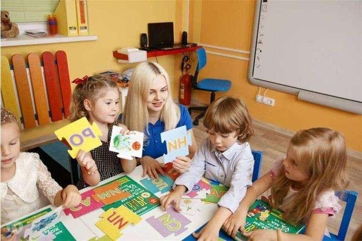 Подготовка ребенка к школе посредством игры с друзьями