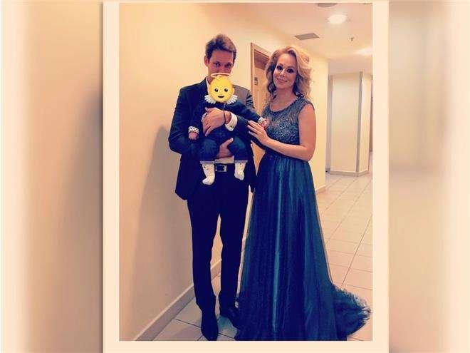 Ирина Медведева с мужем и сыном