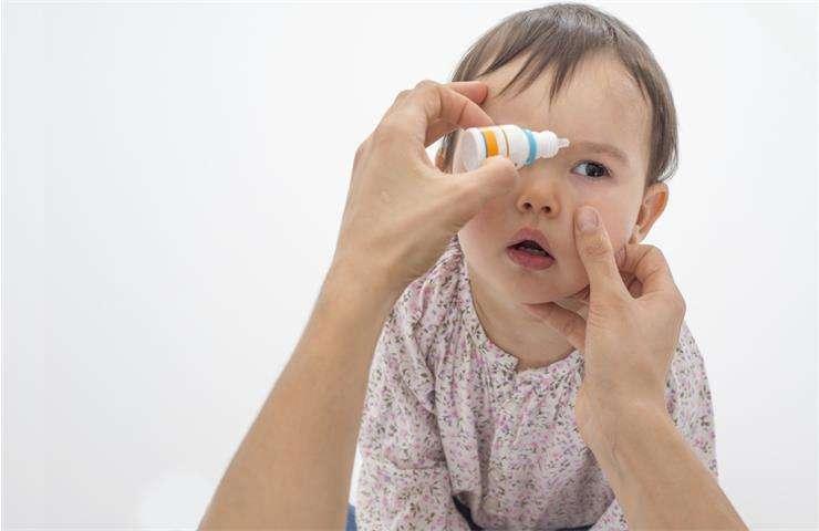 Бактериальный конъюнктивит у ребенка и его лечение