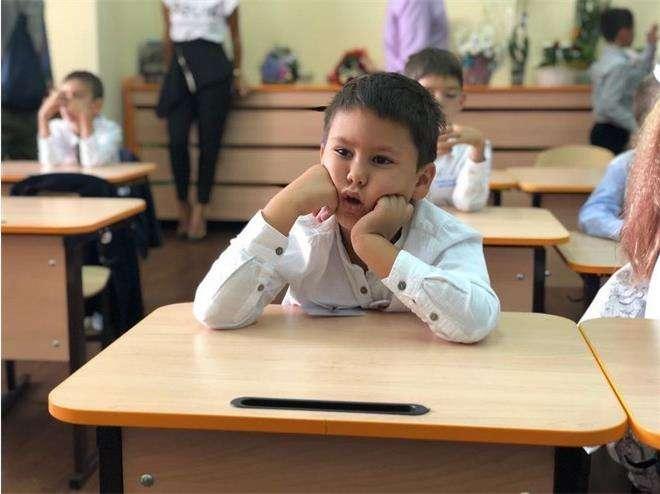 Сын Павла Прилучного и Агаты Муциниеце пошел в подготовительный класс