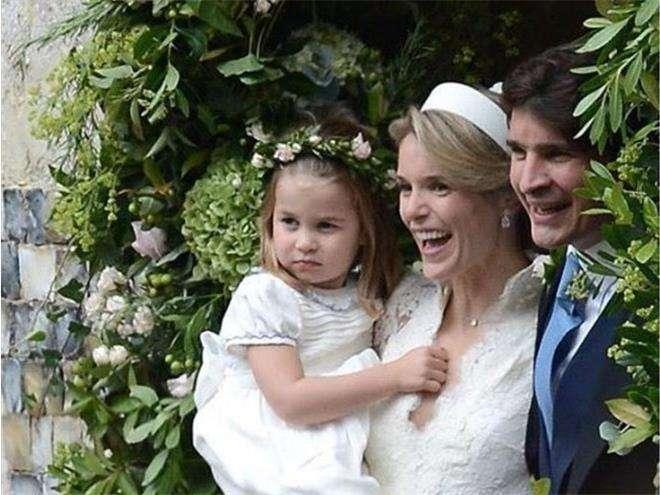 Принцесса Шарлотта на свадьбе своей крестной Софи Картер