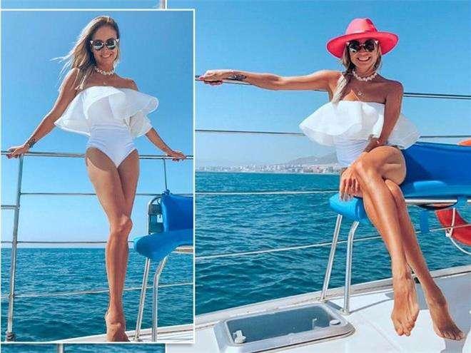 Ляйсан Утяшева продемонстрировала фото в купальниках