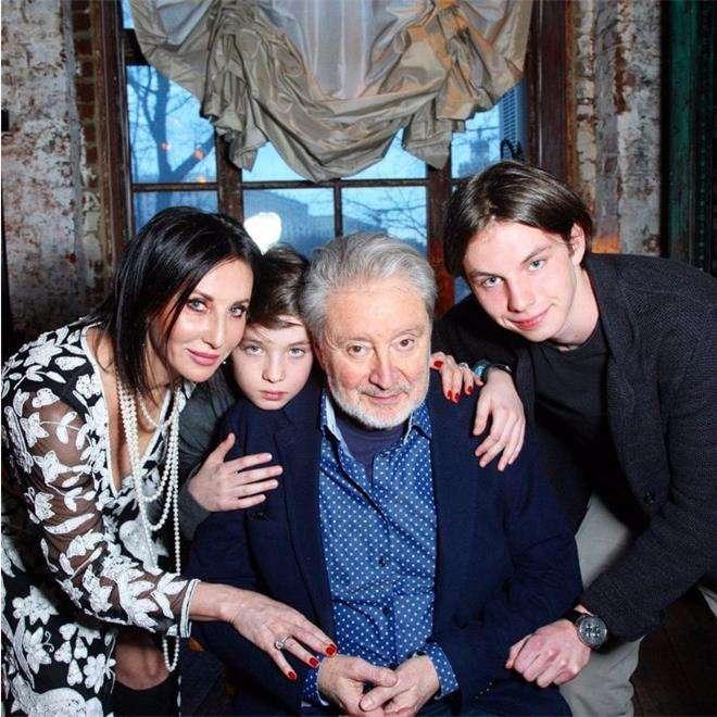 Вениамин Смехов, Алика Смехова и ее дети