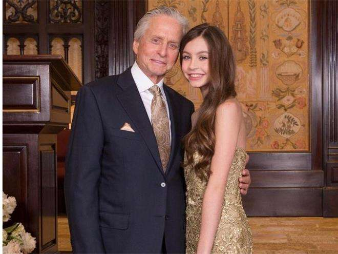 Майкл Дуглас с дочкой Кэрис