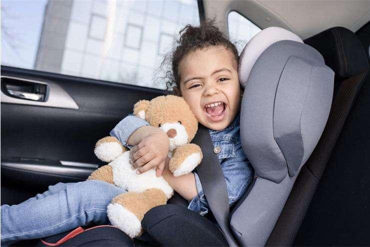 Что делать родителям, если ребенка укачивает в машине и тошнит?